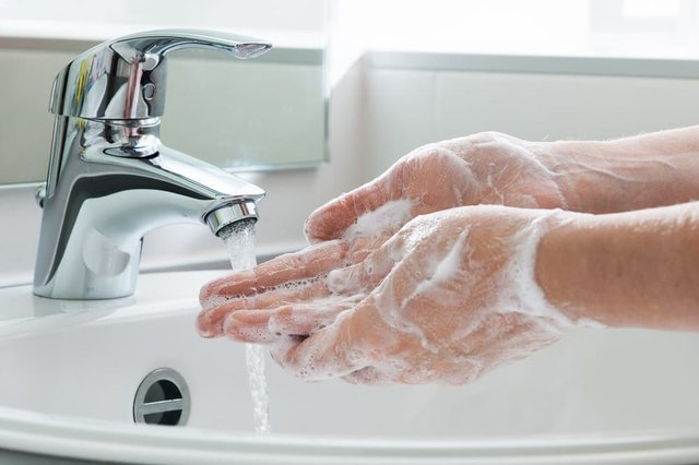The NHS approved handwashing technique explained: how to stop the ...
