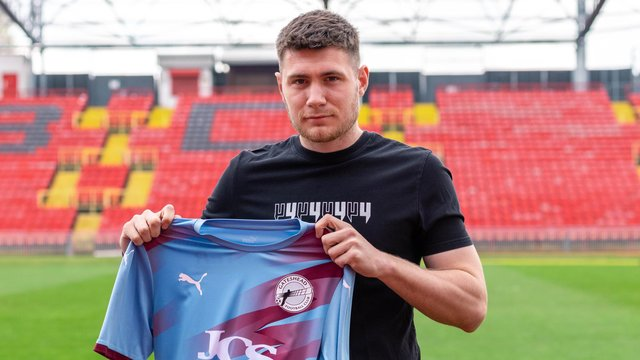 Former Hebburn Town striker Cedwyn Scott has become Gateshead's second new signing of the summer.