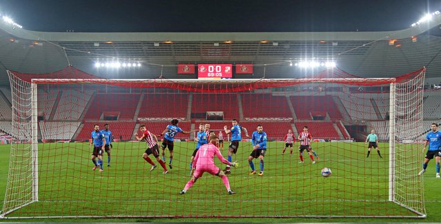 Charlie Wyke puts Sunderland in the lead at the Stadium of Light