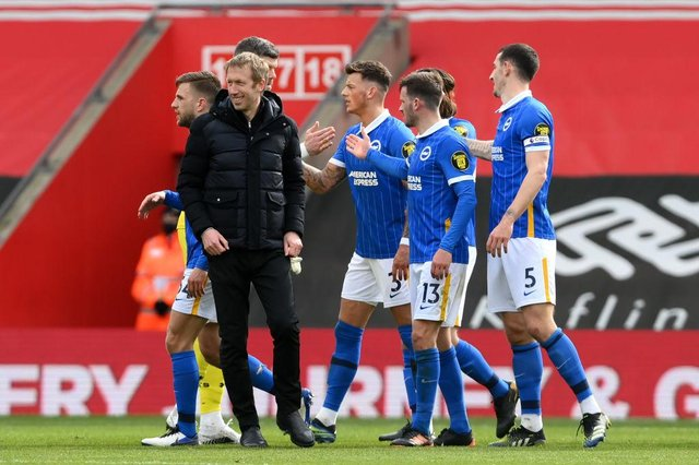 Graham Potter with his players after Brighton and Hove Albion's win over Southampton.