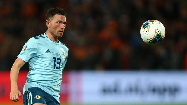 Lee Johnson reveals the crucial role Corry Evans will play at Sunderland as international midfielder signs two-year deal