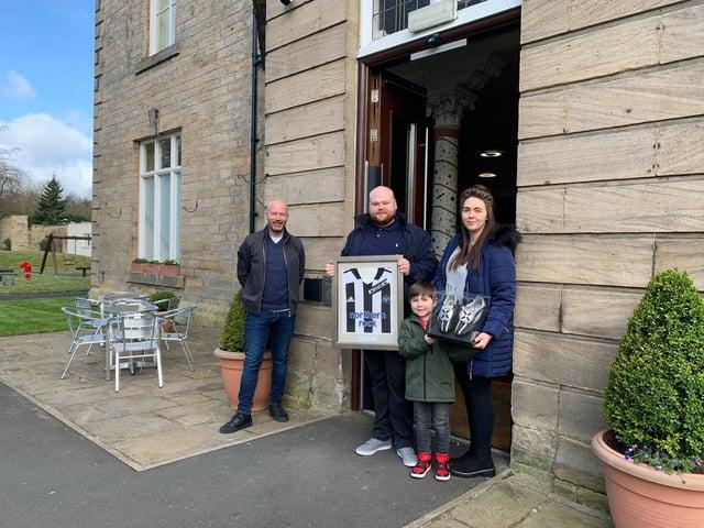 Prize winner Gary Moseley metting Alan Shearer with partner Kathryn McGlasham and son Harry McGlasham.