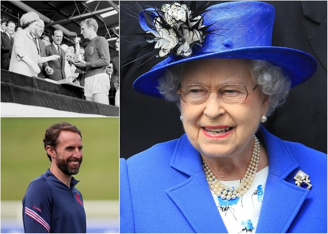 The Queen pays tribute to England team