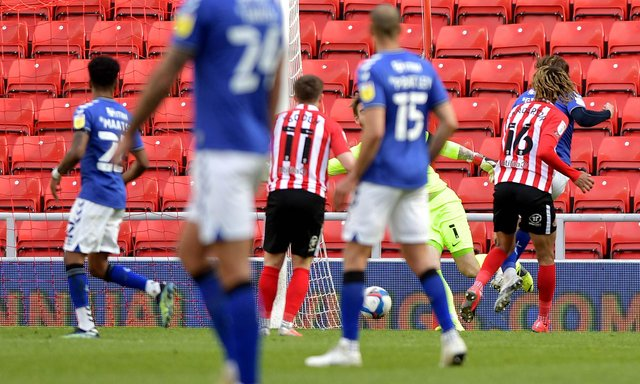 Alex Gilbey extends Charlton's lead at the Stadium of Light