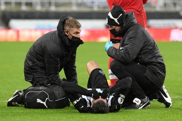 Fabian Schar se fait soigner.