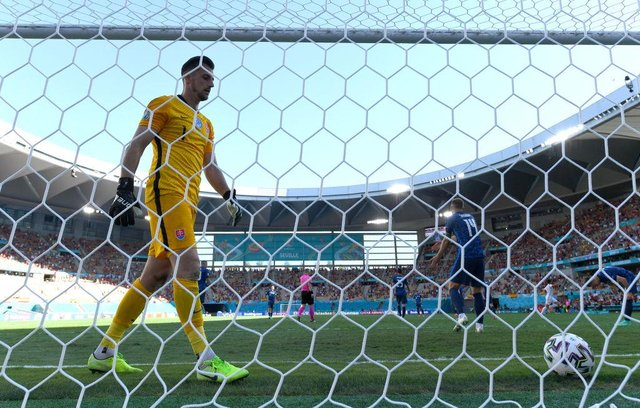 Newcastle United goalkeeper Martin Dubravka. (Photo by David Ramos/Getty Images)