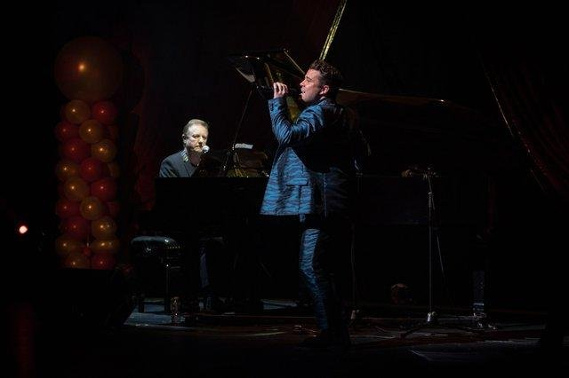 John Miles (left) performing with Joe McElderry at the South Shields Custom House in 2019