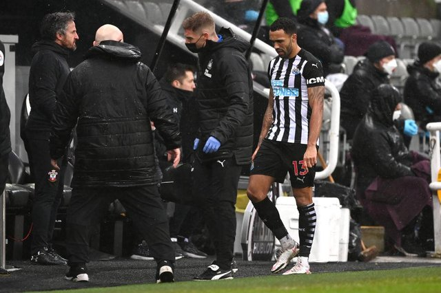 Callum Wilso leaves the field against Southampton.
