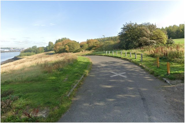 Police were called to Hebburn Riverside Parkafter aman was spottedwalking around naked in thearea. Image by Google Maps.